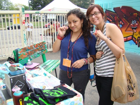 Amanda Lopez and TOOFLY checking out the awesome TF rings:)