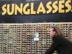 sunglasses EVERYWHERE in Venice Beach